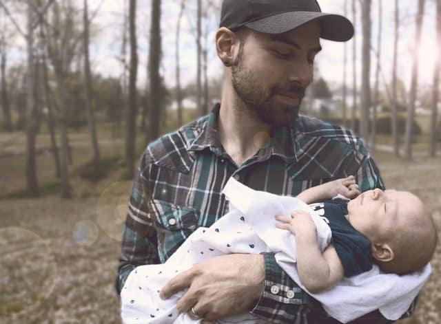 Uznanie ojcostwa i ustalenie ojcostwa w prawie rodzinnym to nie to samo